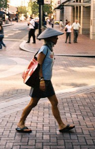 Far away from Vietnam, ordinary people have taken up the trend!