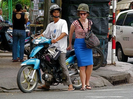 Safety tips for women traveling alone in Vietnam | XO Tours Blog