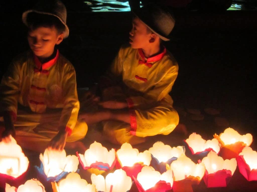 Floating lanterns for sale in Hoi An, one of the safest destinations in Vietnam