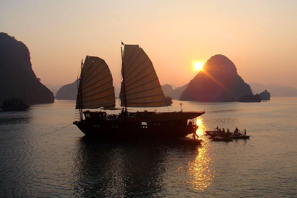 Serenity: a night afloat on Halong Bay