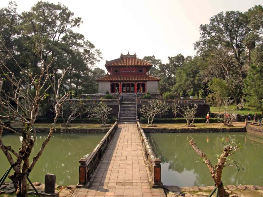 Royal grandeur: Tour the emperors' tombs by bicycle