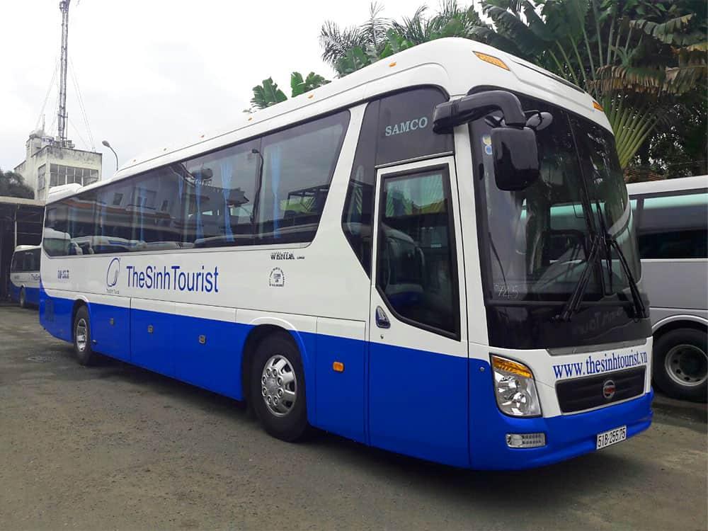 tour bus to Ba Na Hills