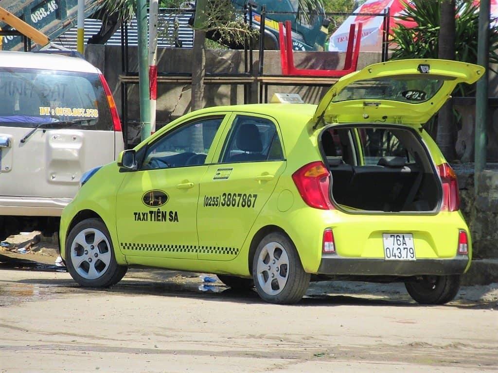 Saigon untrustworthy taxi