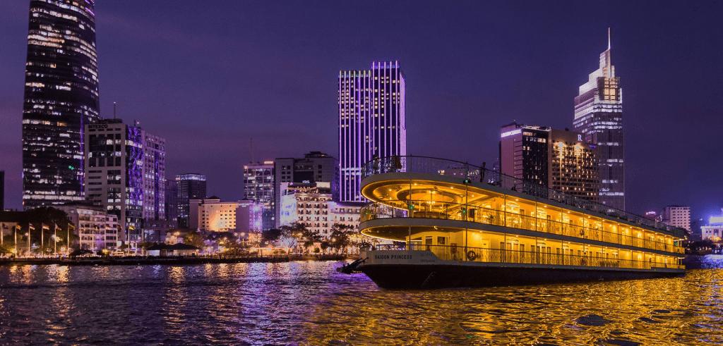 Dinner cruise in Saigon